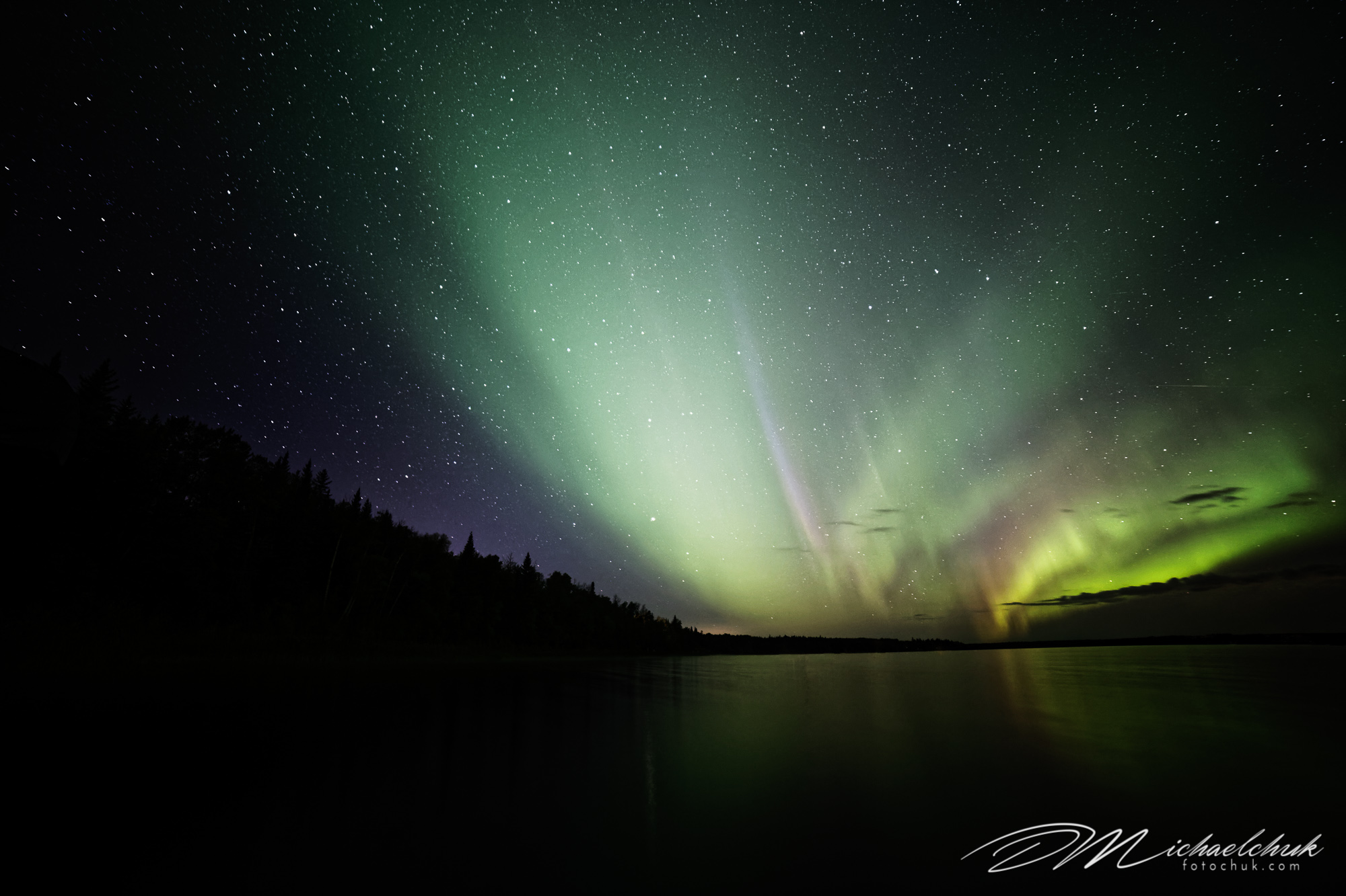 Skeleton Lake Aurora